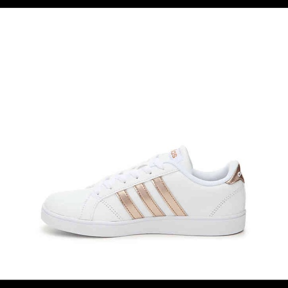 d3e090c0438f adidas Other - Little girls rose gold adidas
